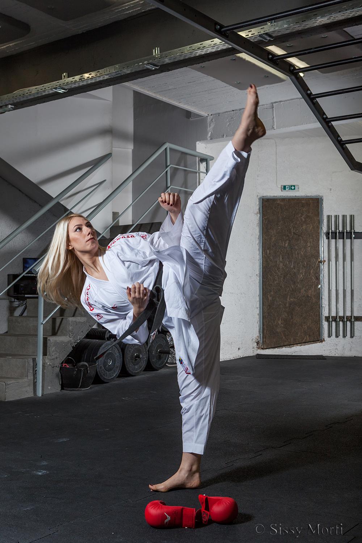 Elena Chatziliadou / karate athlete / BHMAgazino No 74