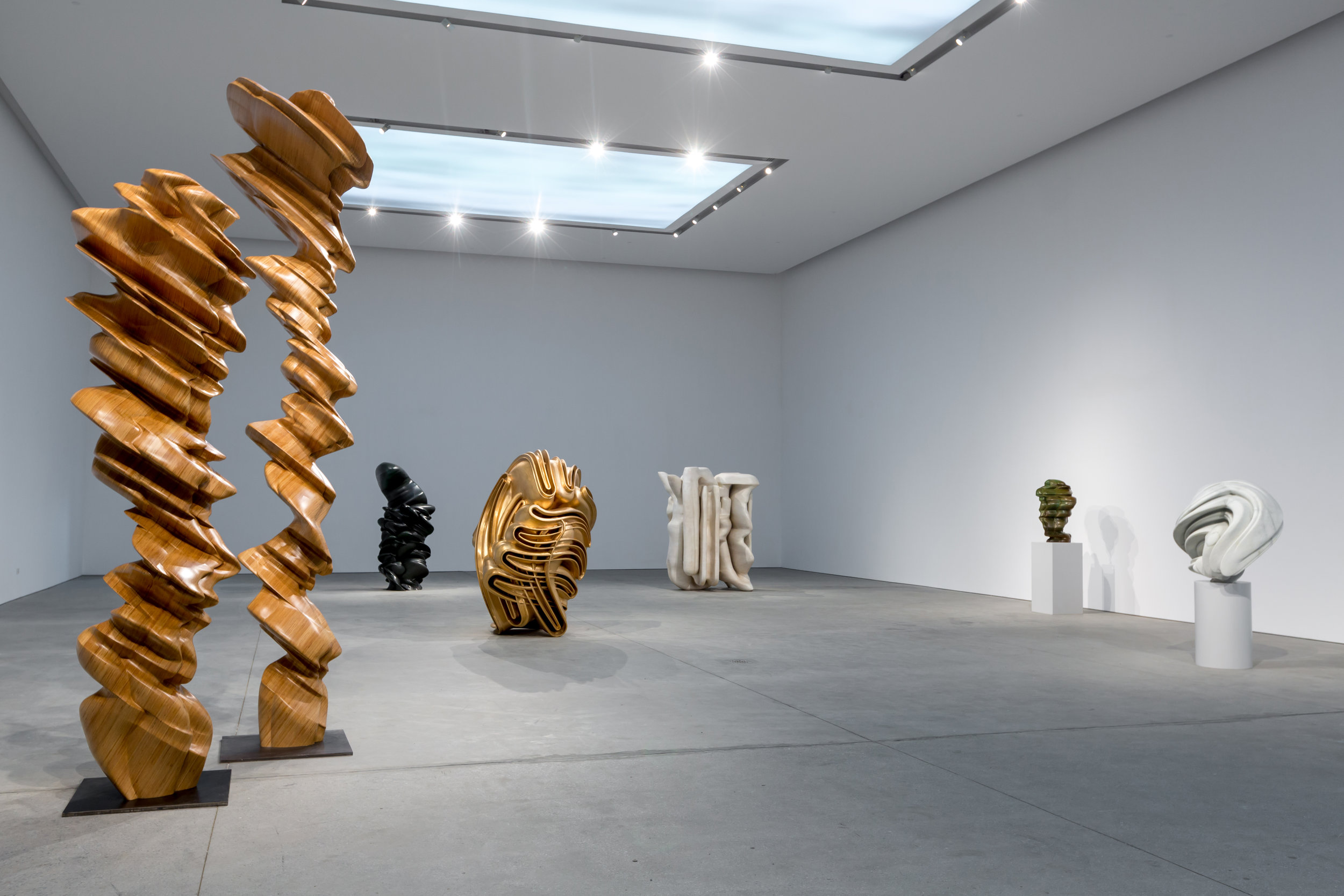 Installation views of Tony Cragg's solo show at Leila Heller Gallery, Dubai, March 2017. Courtesy of Leila Heller Gallery.