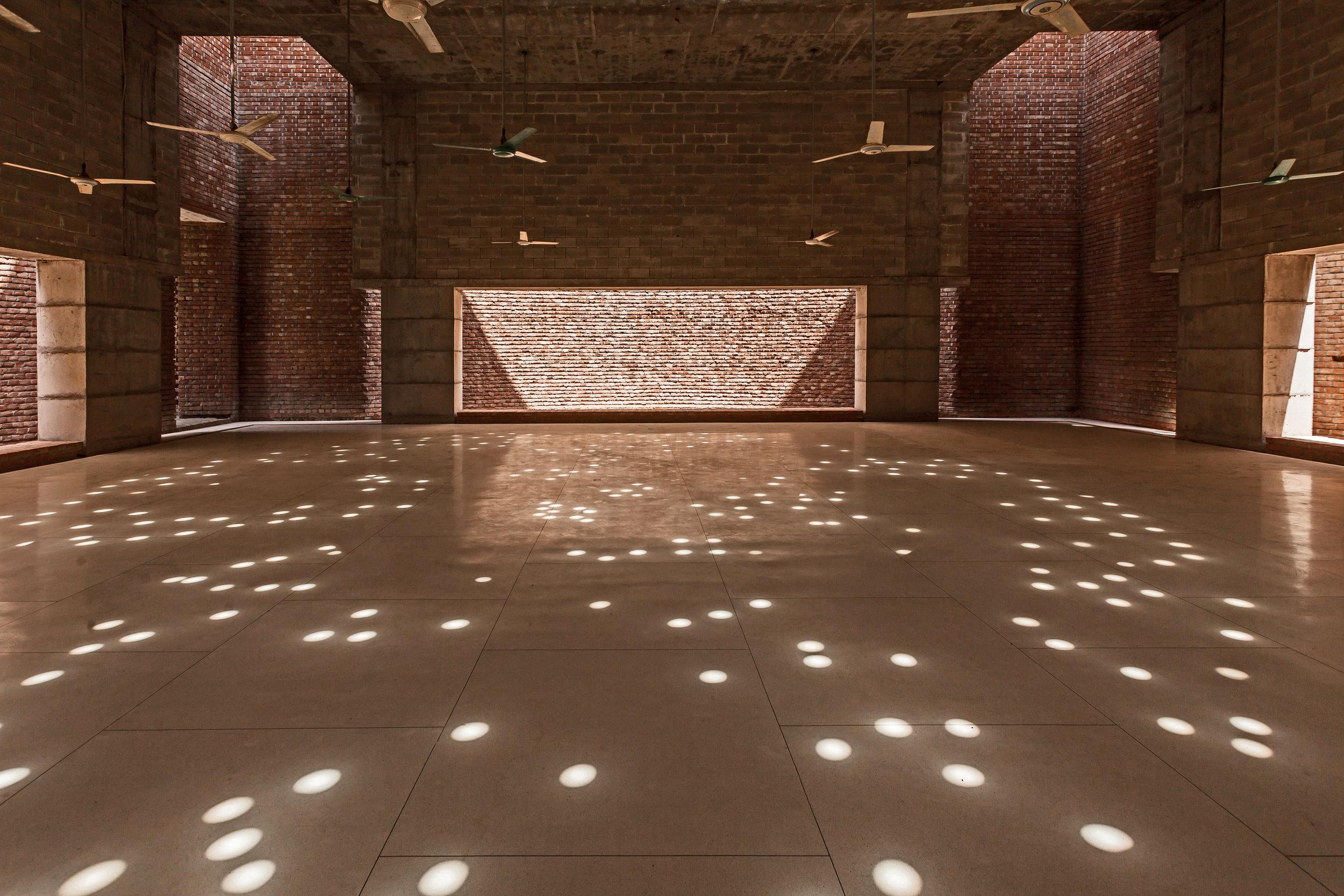 Bait Ur Rouf Mosque, interior view. Courtesy: Marina Tabassum Architects.