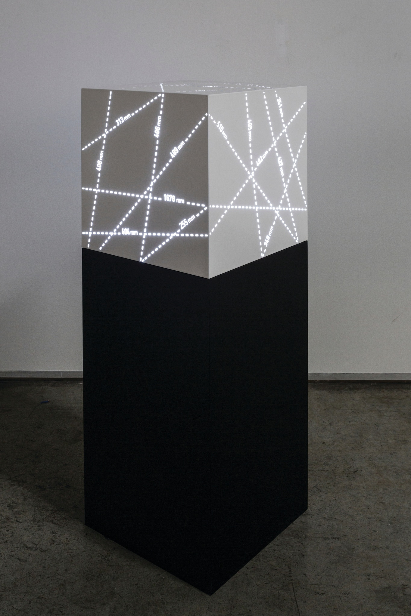 Mohammed Kazem.   Measuring , 2015. Painted stainless steel, acrylic and led lights, 40 x 40 x 40 cm. Courtesy the artist and Gallery Isabelle van den Eynde.
