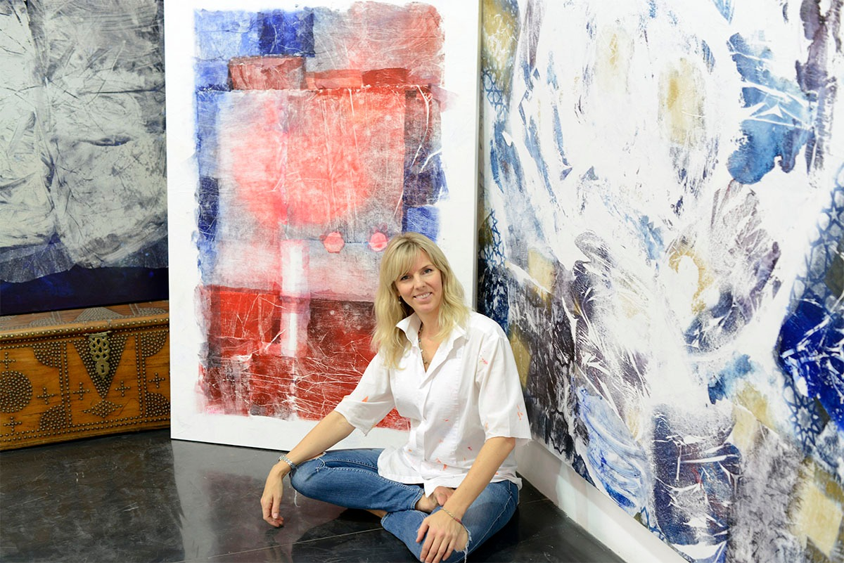 Jessica Watson-Thorp in her studio. Courtesy of the artist.