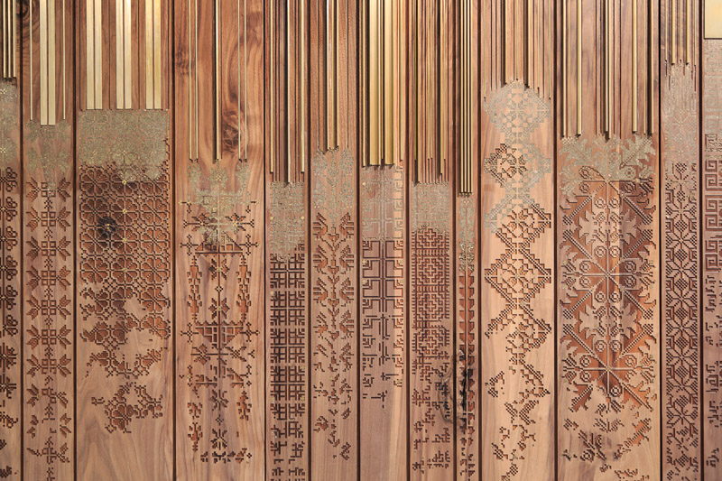 Shawl (2015). Detail of wooden inlay work by naqsh collective. Courtesy of the artist