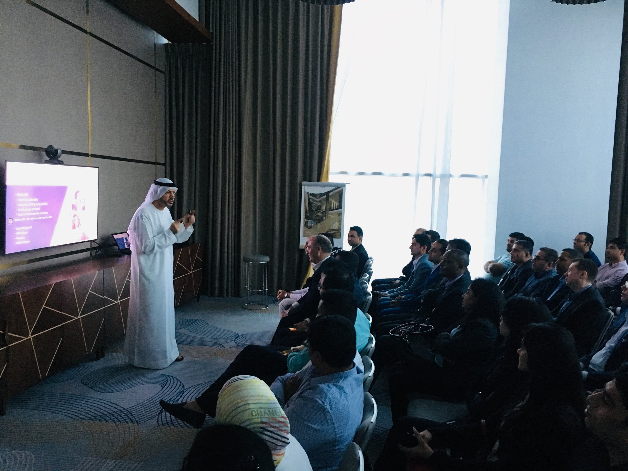 Giving a workshop on cultural intelligence. Courtesy The Arab Culturalist.