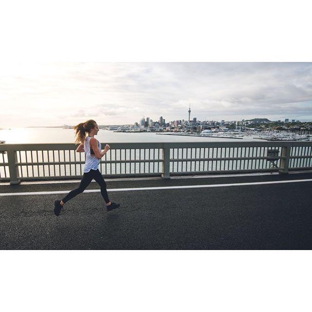 Have you ever run over the Auckland Harbour Bridge?, such a cool experience!.⠀ 📸 @kurtmatthewsphotography⠀ .⠀ .⠀ .⠀ .⠀ .⠀ #trailrun #running #ultramarathon #ultra #ultratraining #trailrunmag #nzrunning #nztrailrunning #wildrunning #runnz #amazingrun #marathon #nzmarathon #sports #runningphotography #runfar #runfree #runwild #run #trailrunningviews #runlife #sportsphotographer #editorial #gettyimages #worldrunners #aucklandmarathon