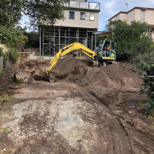 Sand dune holding.....nice to have the big dig done!! @mhbd_ocean_grove #excavations #bellarinepeninsula #beachhouse