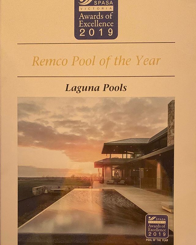 Big congratulations @laguna_pools what a professional outfit and a pleasure to work with.  Let's see if we can do it again this year. #poolbuilders #infinitypools #luxurypools #bellarine #modernfarmhouse #luxuryhomes