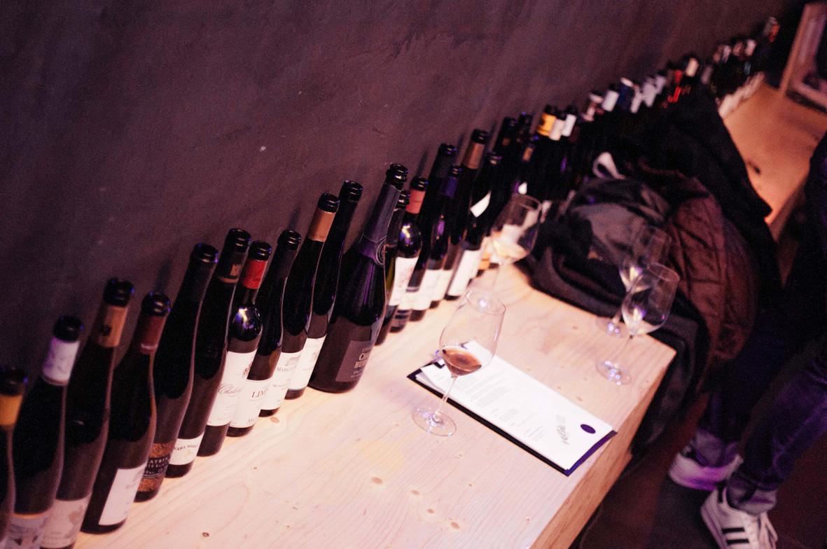 AskToni-Sipgate-Party-long-row-of-empty-bottles.jpg