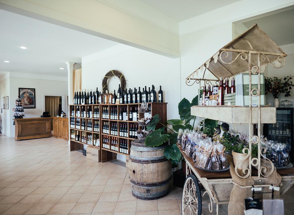 Heroes-of-riesling-Ravines-wine-cellar-05017.jpg