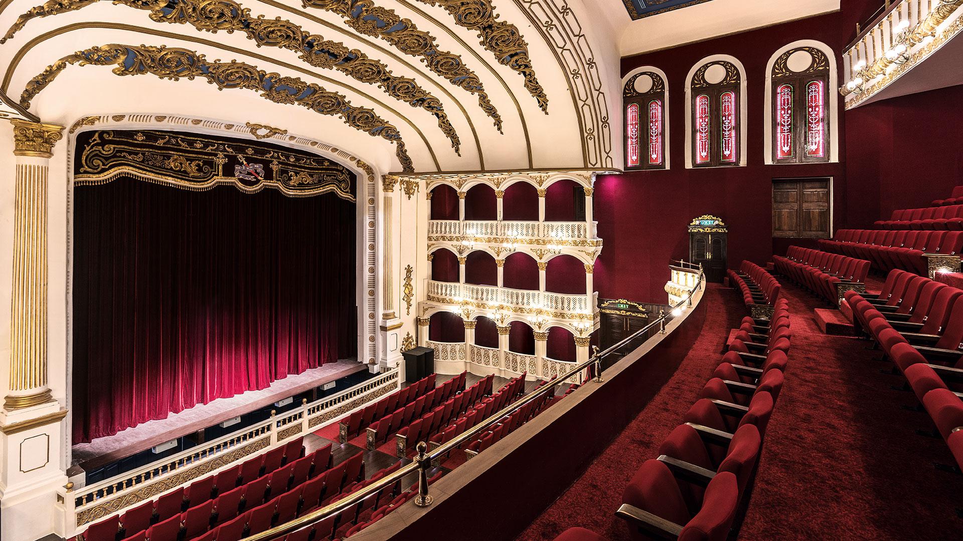 royal opera house mumbai.jpg