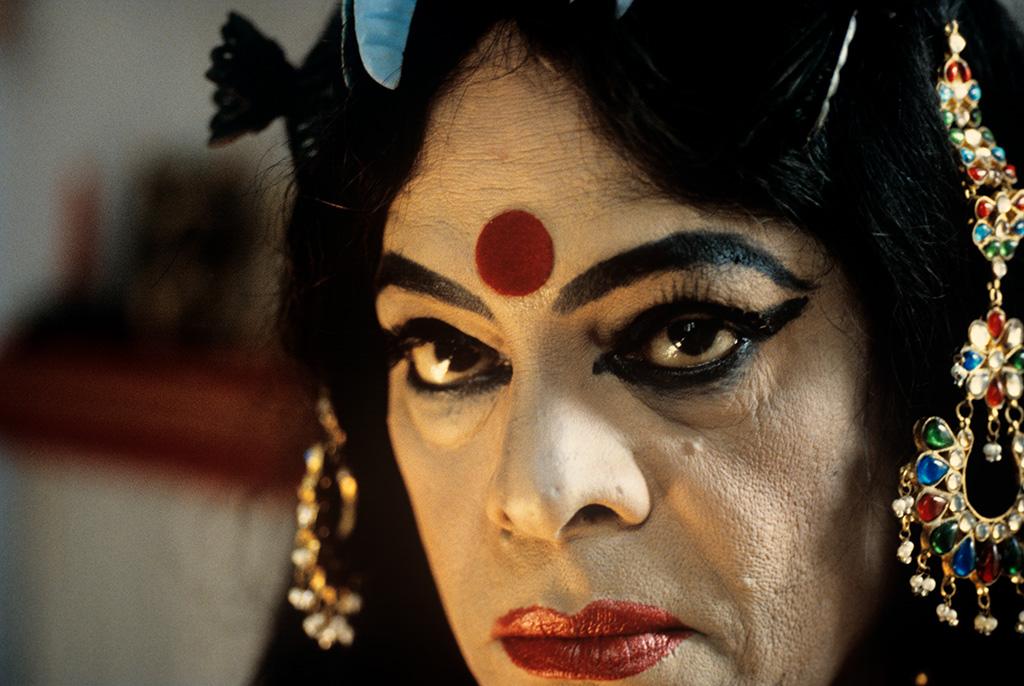 Naveen Kishore,  Performing the Goddess – The Chapal Bhaduri Story , 1999