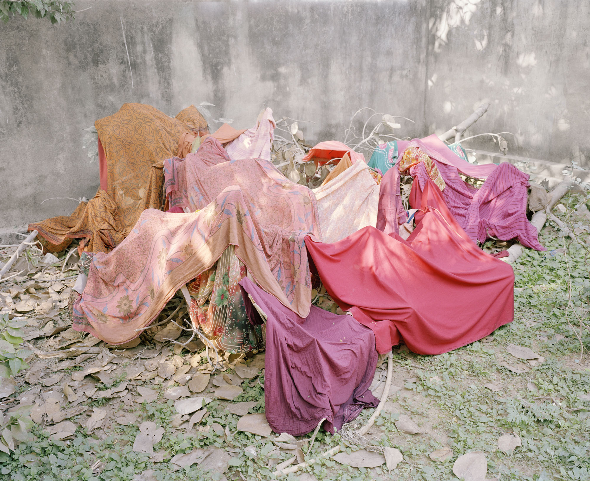 Vasantha Yogananthan, What A Princess Should Wear, 2013, Archival Inkjet Print on Canson Print Making Rag, 64 x 81 cm. Courtesy of Jhaveri Contemporary.