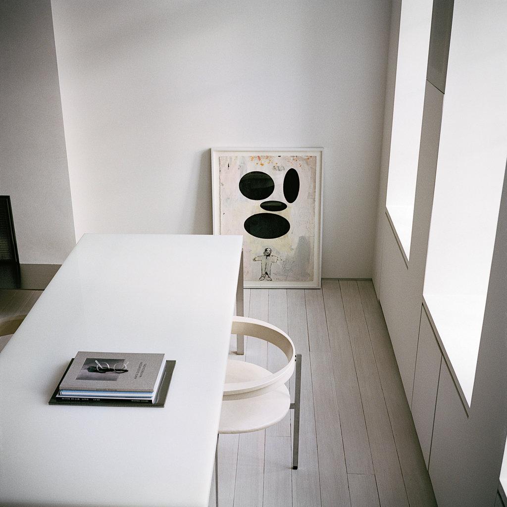 sam-shahid-minimal-design-greenwich-village-home-dpages-blog-11.jpg