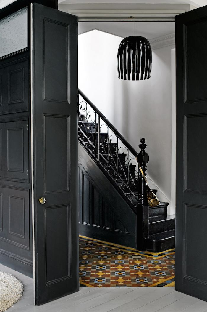 london-home-hallway-staircase.jpg