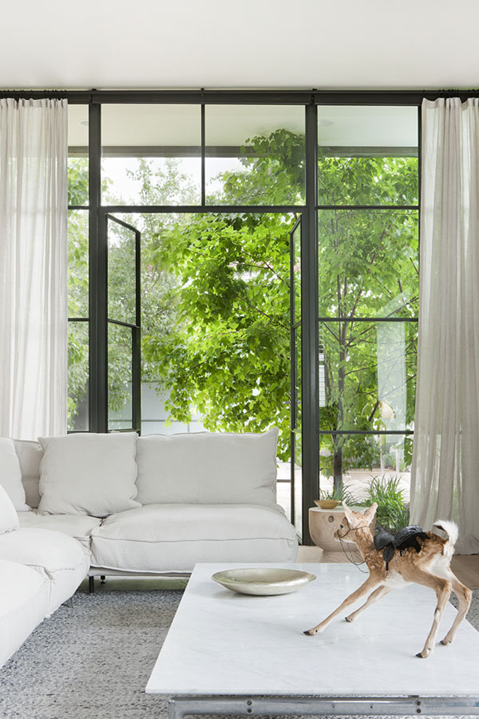 white-interiors-modedamour-8.png