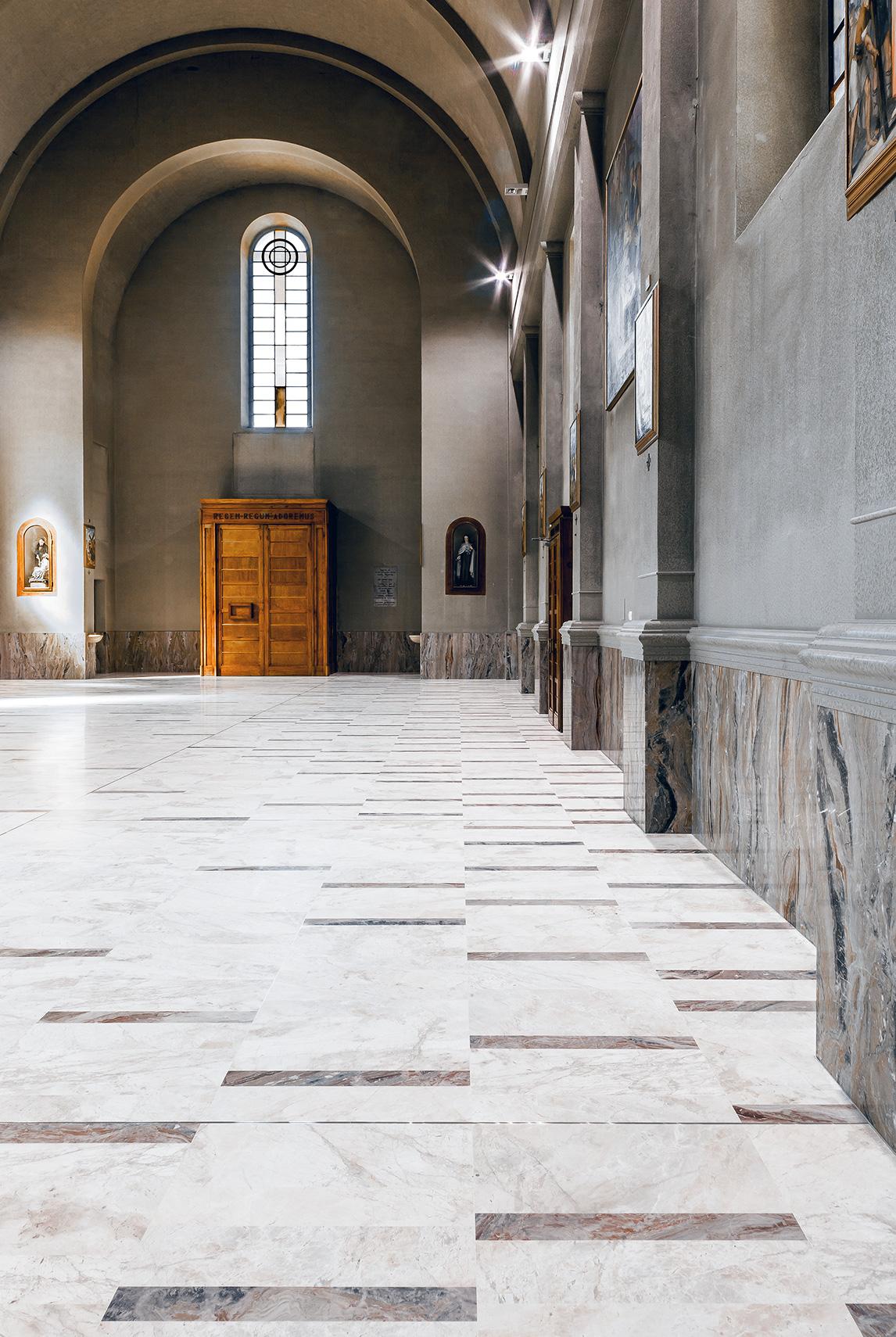 Church-of-SantAntonio-Abate-gianluca-gelmini9.jpg