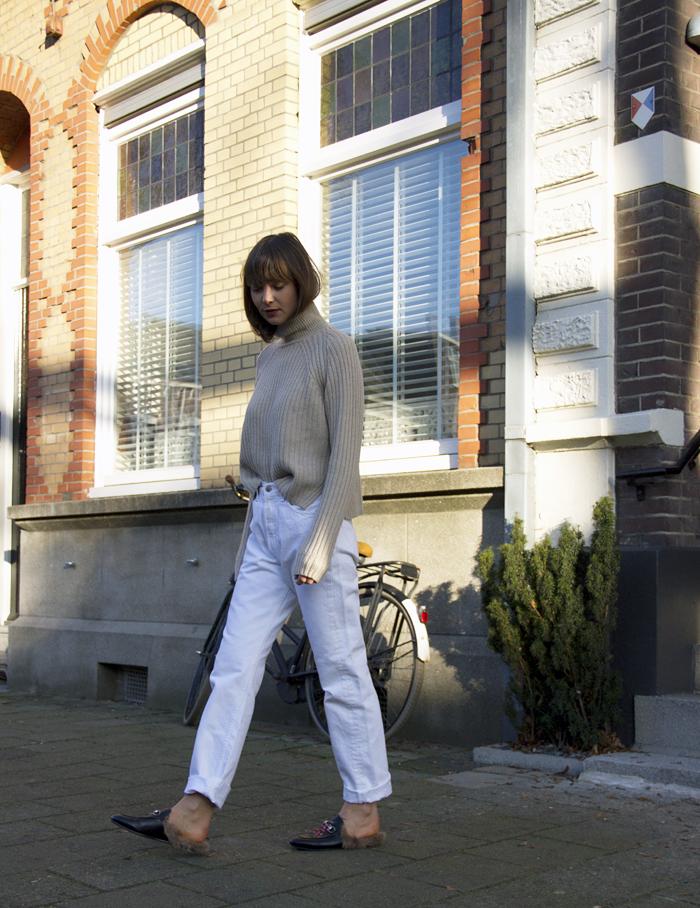 Everlane-knit-vintage-Levis-Gucci-loafers-3.png