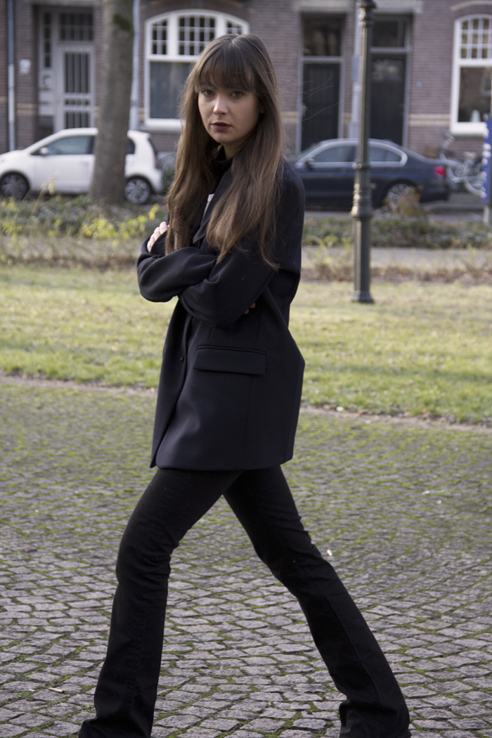 Oversized-blazer-Ralph-Lauren-flared-jeans-Hm-patent-leather-boots-2.png