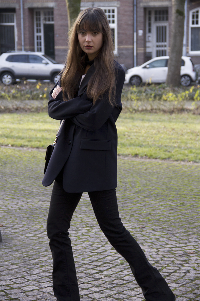 Oversized-blazer-Ralph-Lauren-flared-jeans-Hm-patent-leather-boots.png