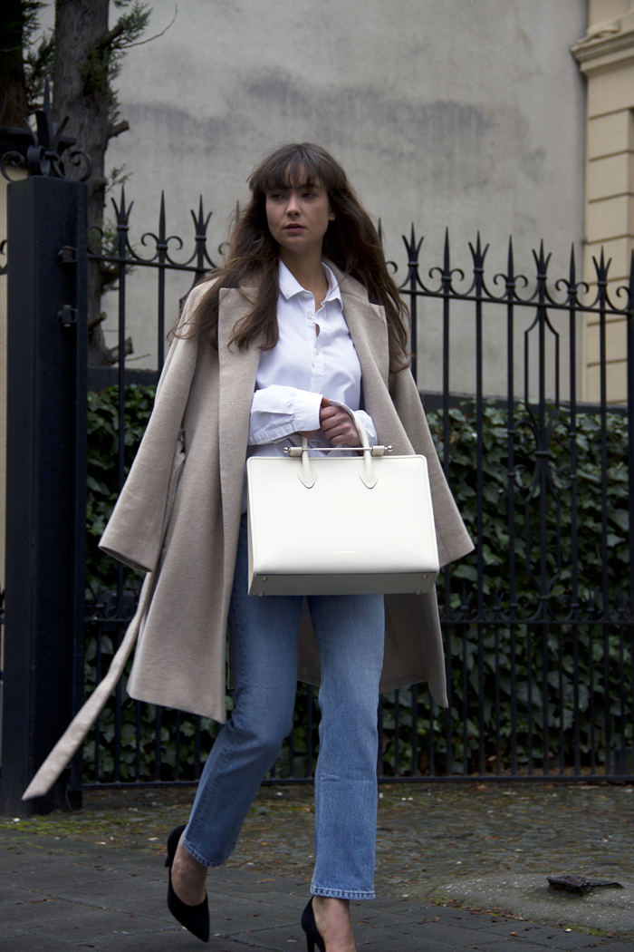 Strathberry-tote-Zara-Levis-hm-md.png