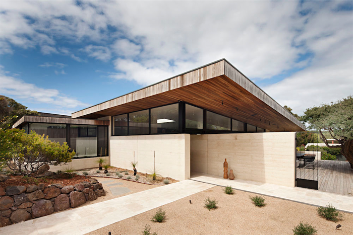 Robson-Rak-Architects-Layer-House-1.png