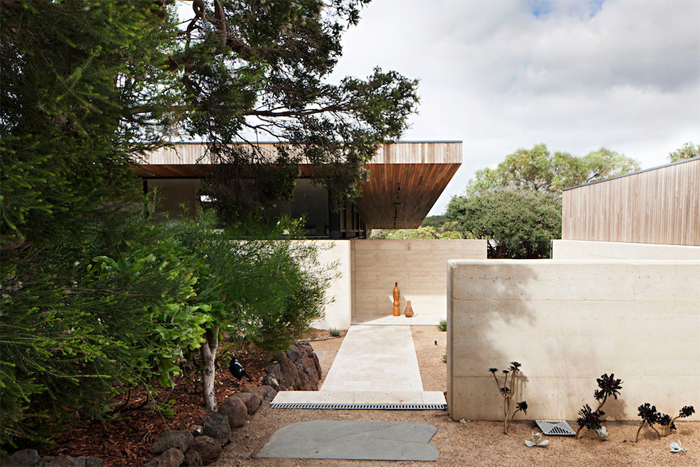Robson-Rak-Architects-Layer-House-10.png