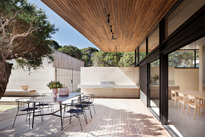 Robson-Rak-Architects-Layer-House-5.png