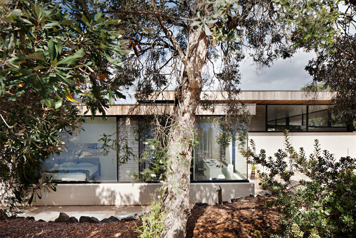 Robson-Rak-Architects-Layer-House.png