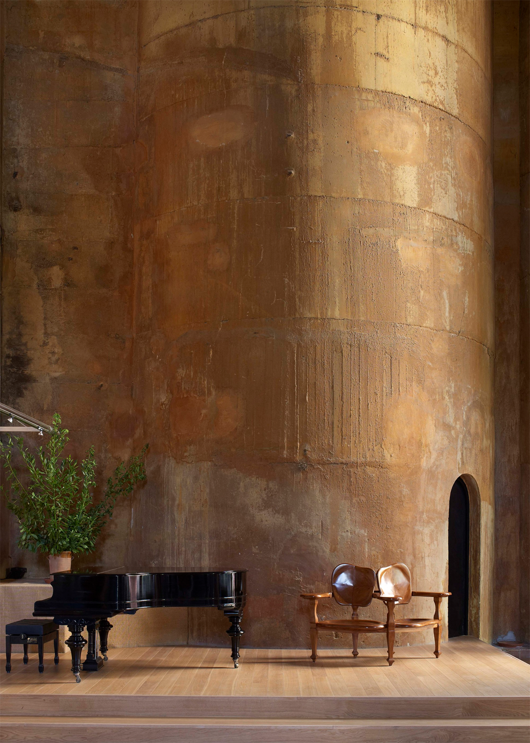 Cement Factory transformed into the workspace and residence of Ricardo Bofill 6.png