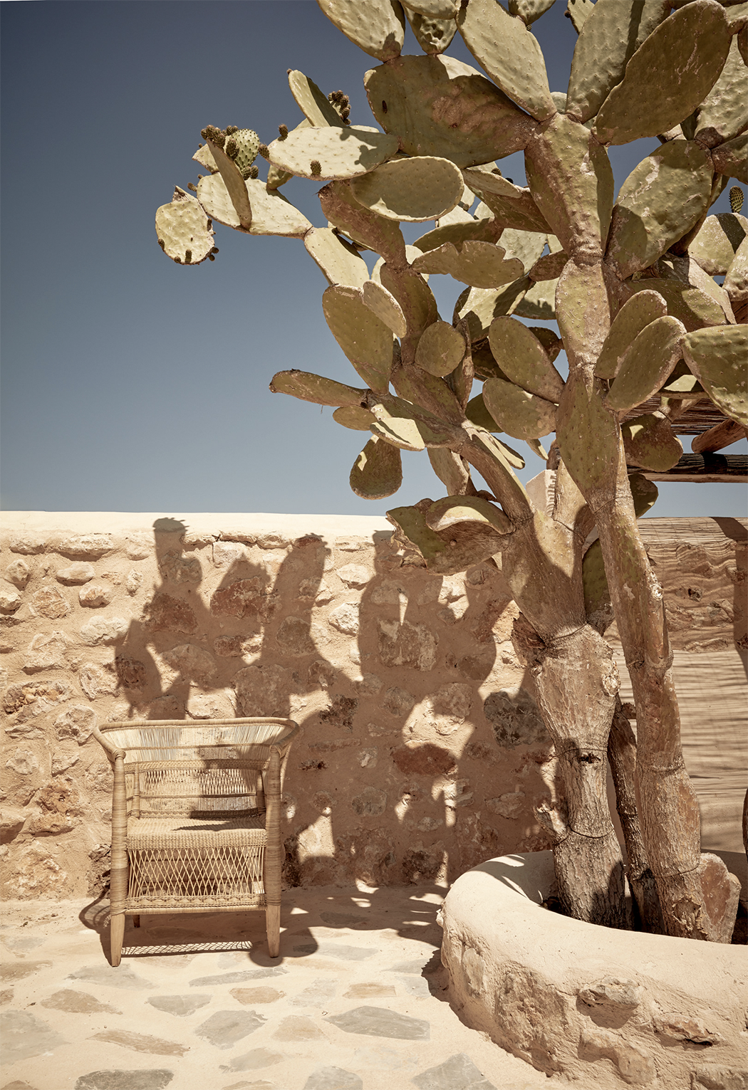 A Private House in Abiza by Annabell Kutucu - Modedamour 16.png