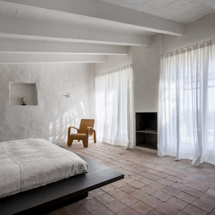 white-interiors-modedamour-4.png