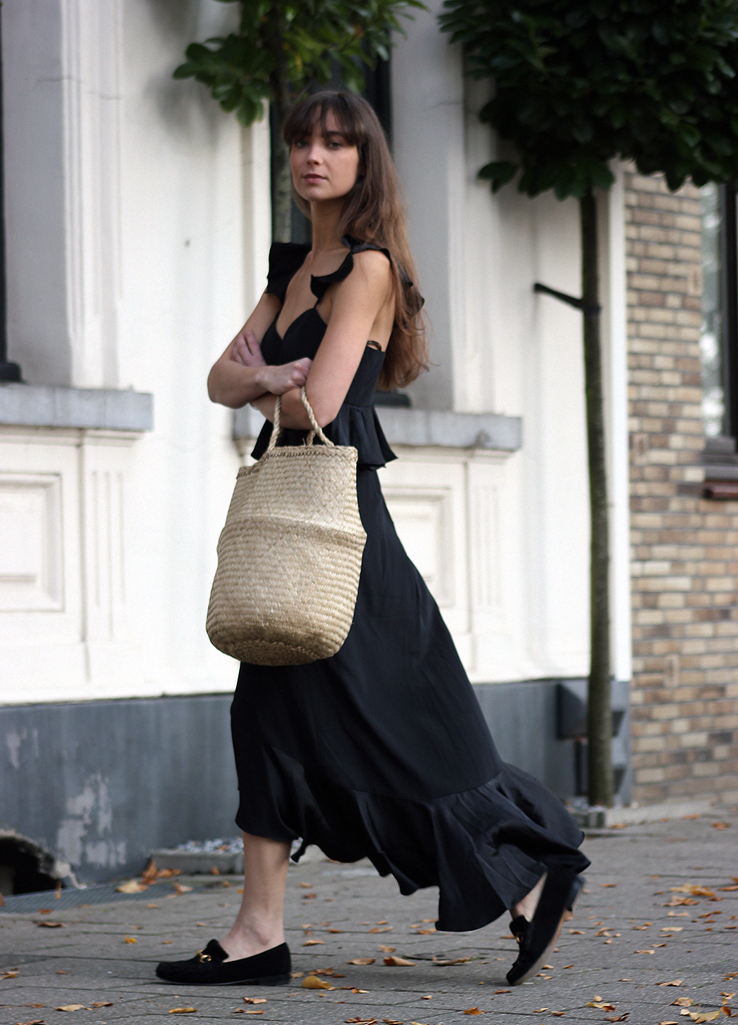Amur Blake Silk Midi Dress - Gucci Loafer - Modedamour 3.png