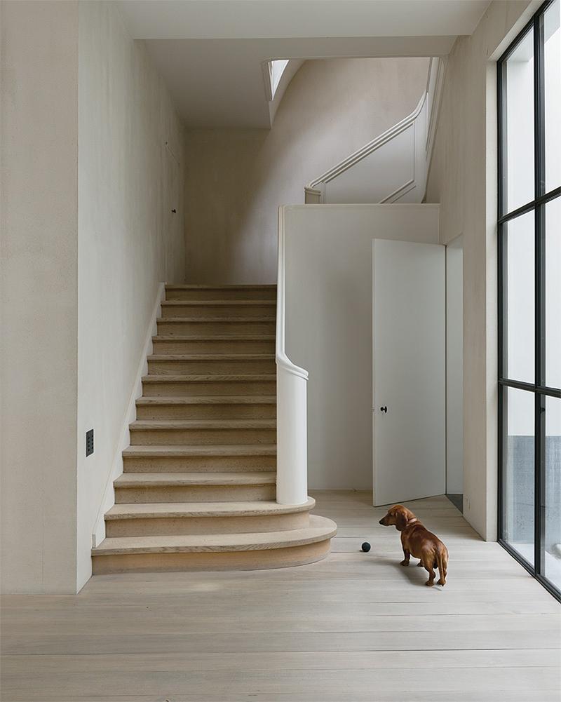 Vincent Van Duysen's Home in Antwerp.png