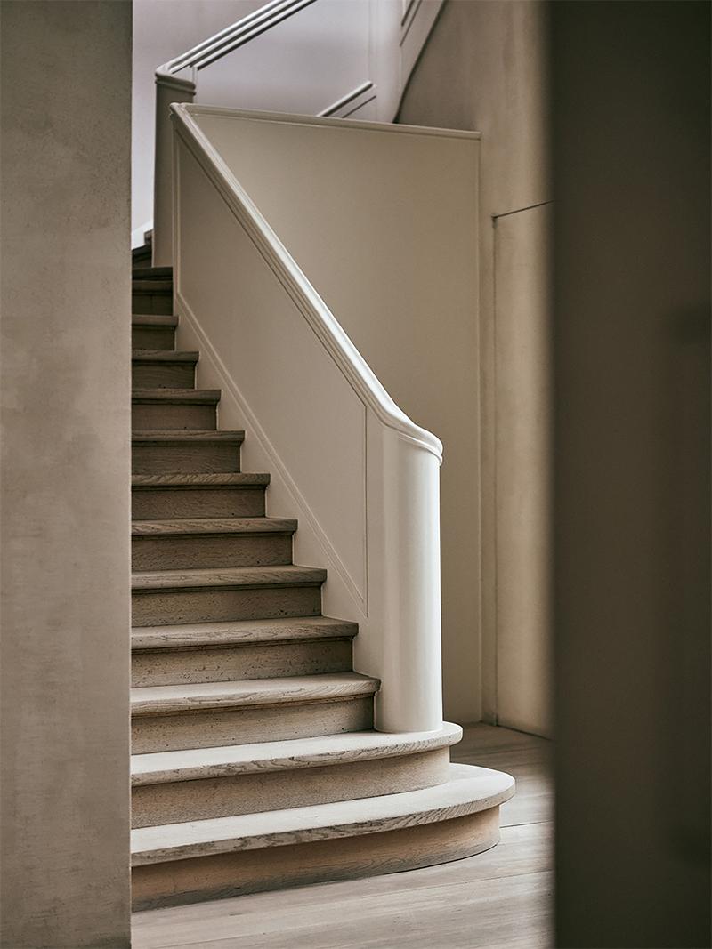 Vincent Van Duysen's Home in Antwerp 7.png