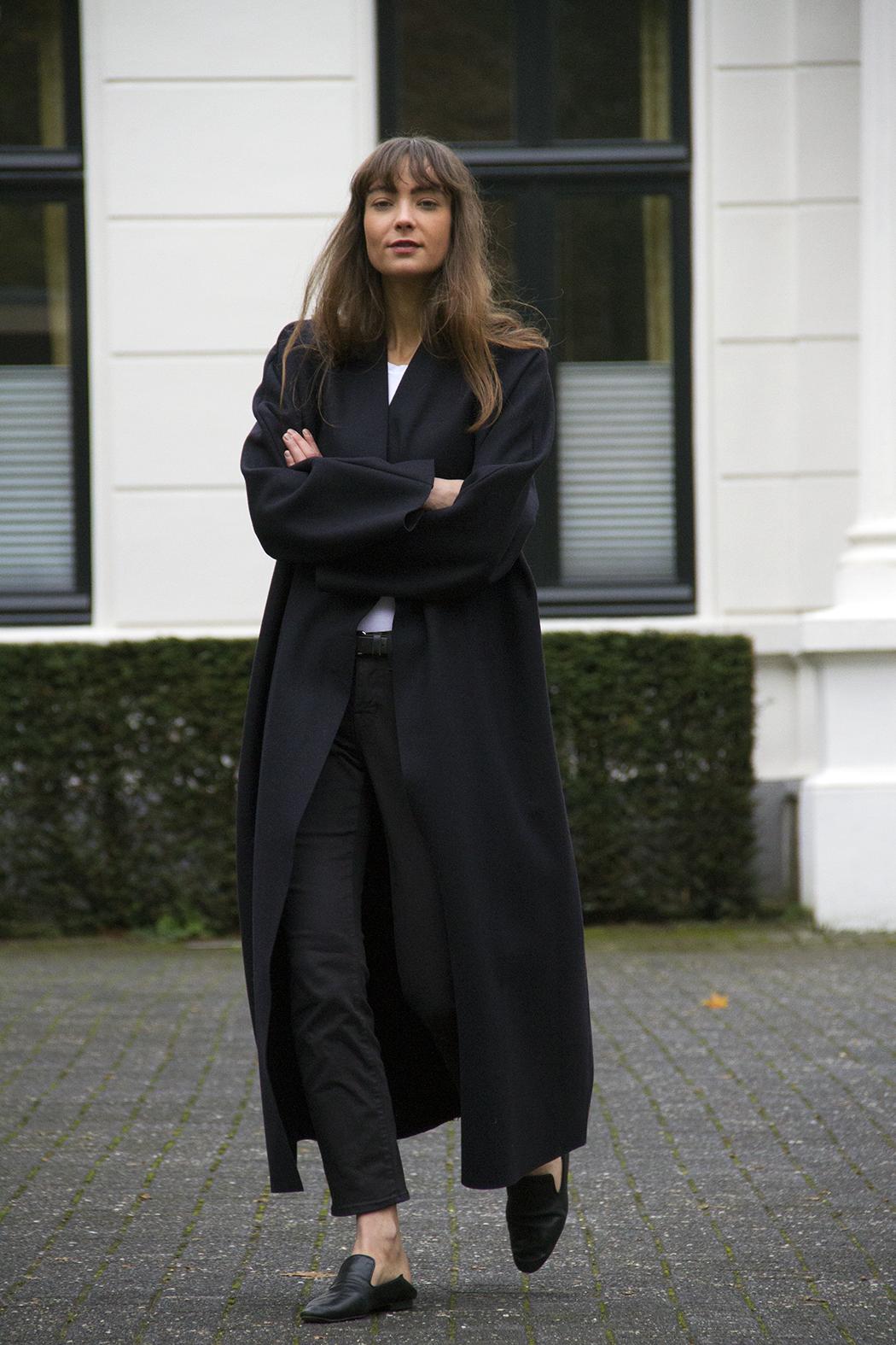 Mango coat, AYR denim, Massimo Dutti loafers - Modedamour 4.png