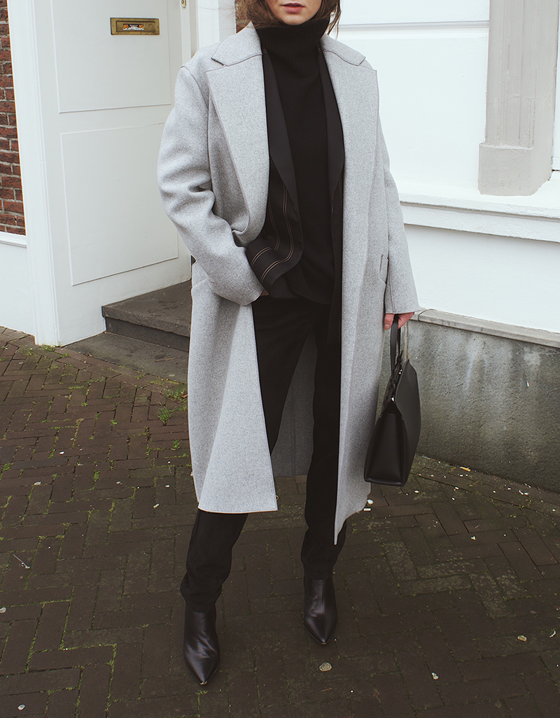 Amanda Wakeley Grey.png