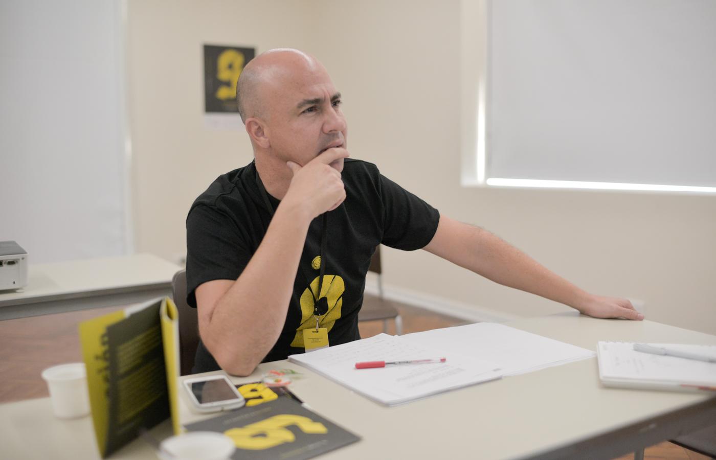 En la foto: Carlos Franco, director del LAB Intravenosa.