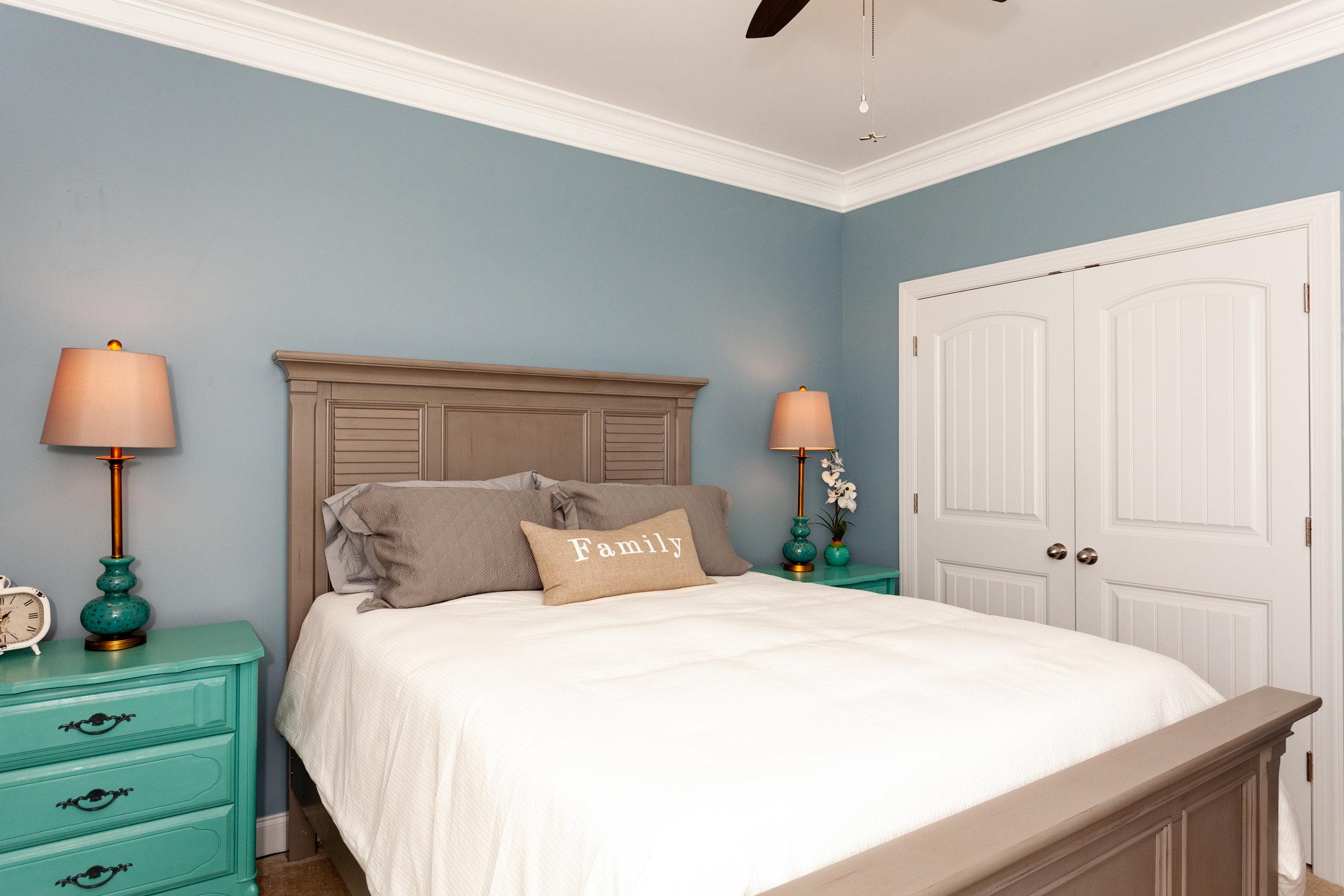 Front Bedroom-2.jpg