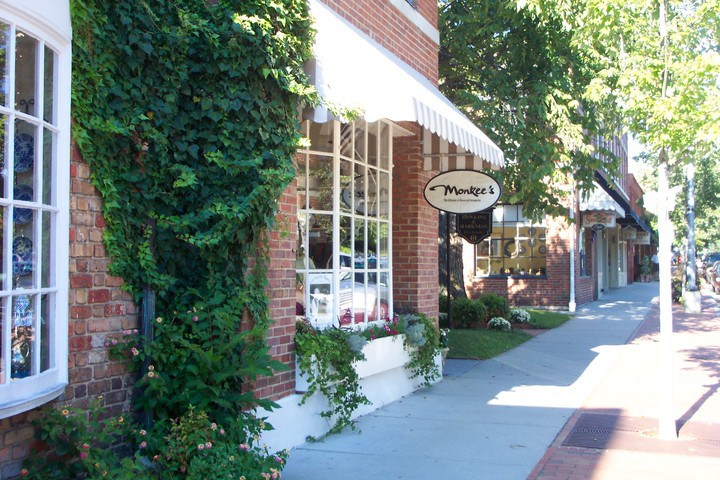Southern Pines Shopping & Dining