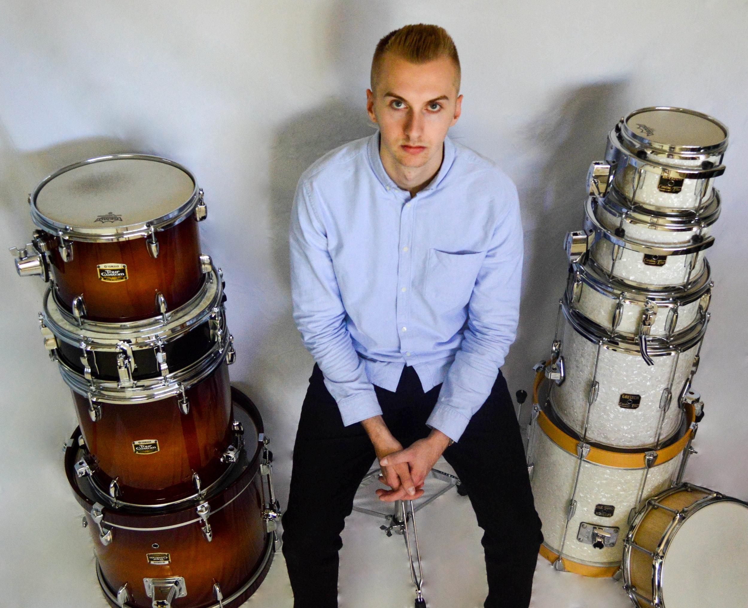 Drums Colow.jpg