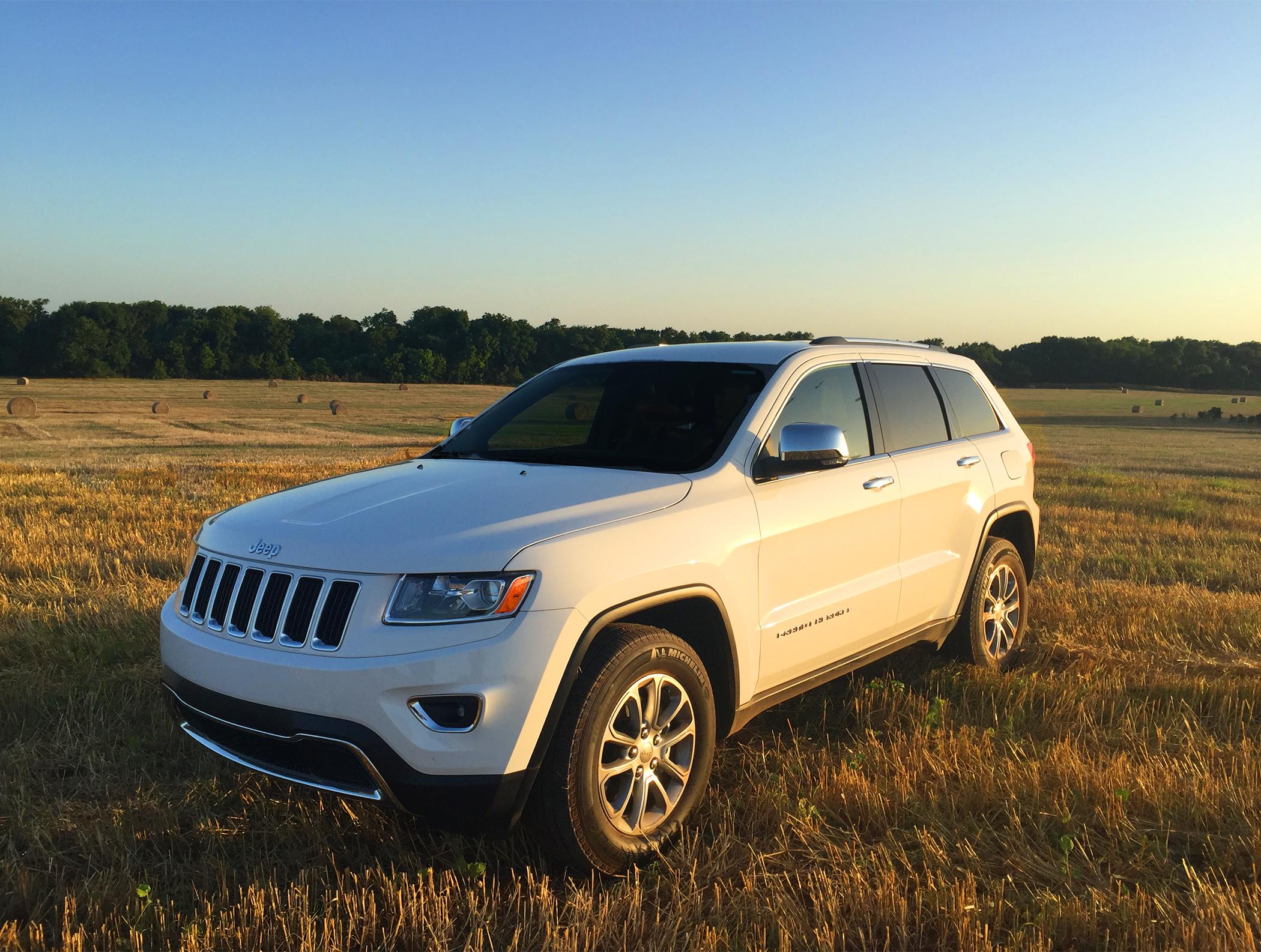 2015 Jeep Grand Cherokee.jpg