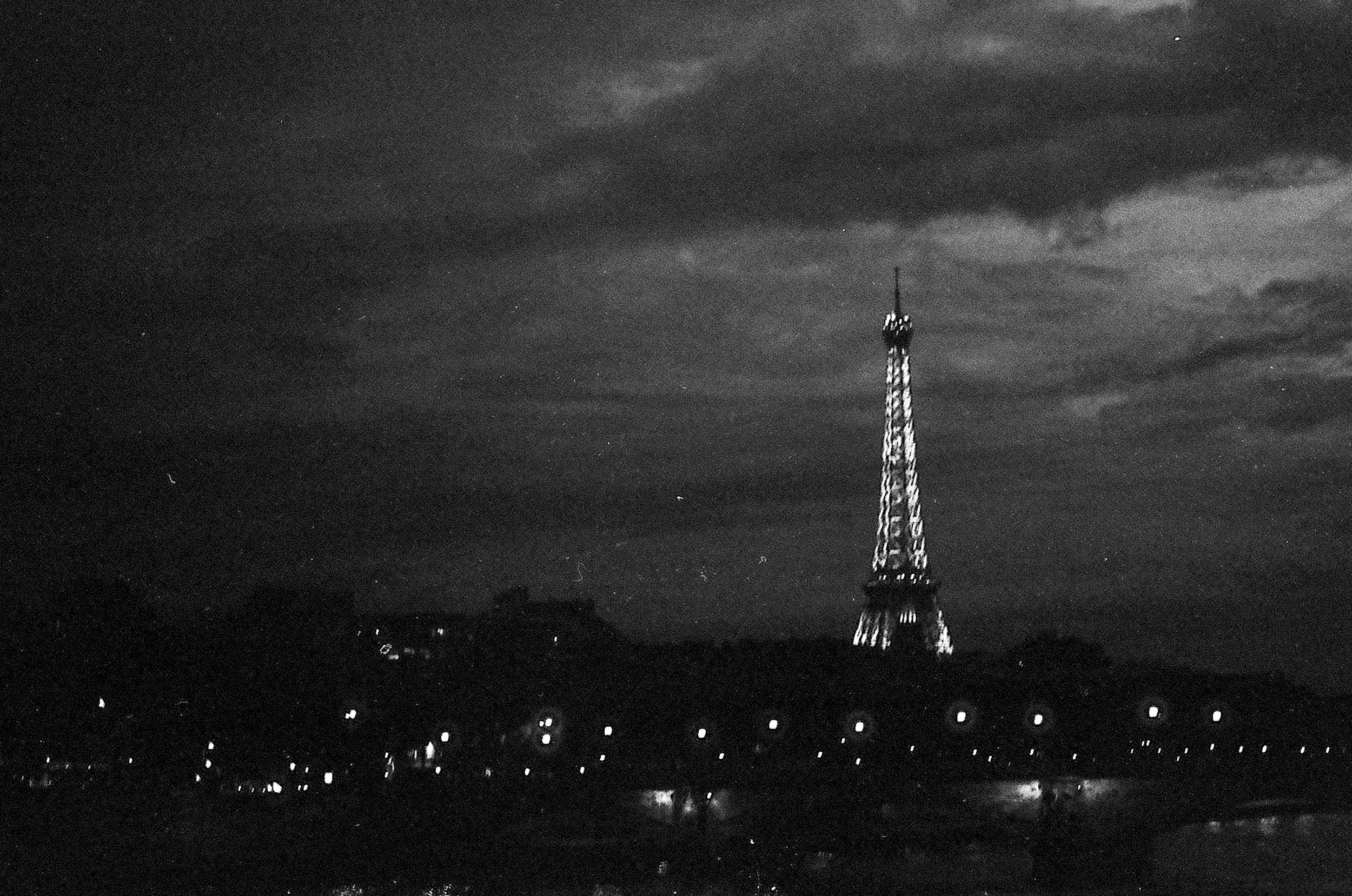 Paris B&W.jpg