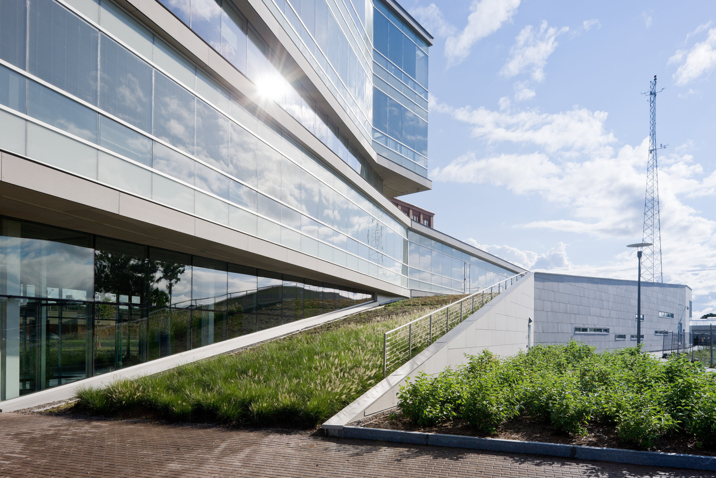 SYRACUSE CENTER OF EXCELLENCE - Project Honor Award, American Institute of Architects, New York City Chapter