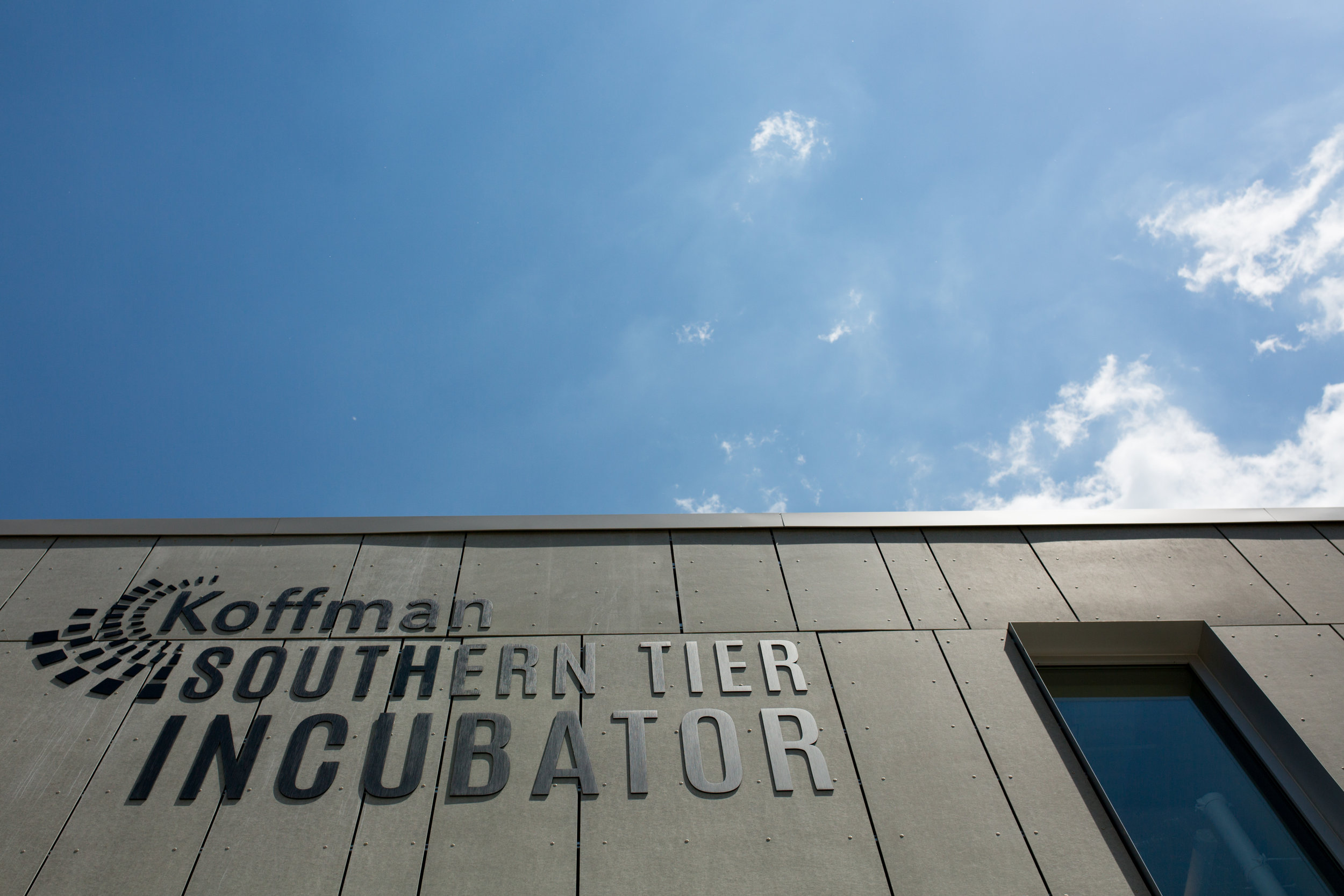 KOFFMAN SOUTHERN TIER INCUBATOR<strong>Spaces throughout the building are designed to instigate interaction between startups.</strong>