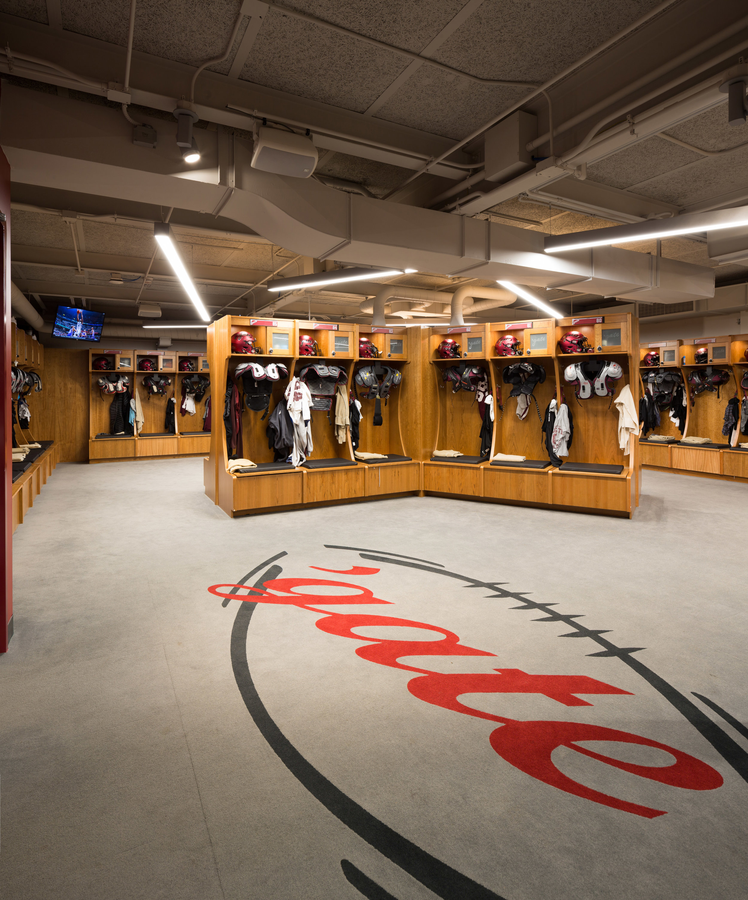 FOOTBALL LOCKER ROOM<strong>A renovation and large expansion that helps position Colgate as a premiere athletic institution.</strong>