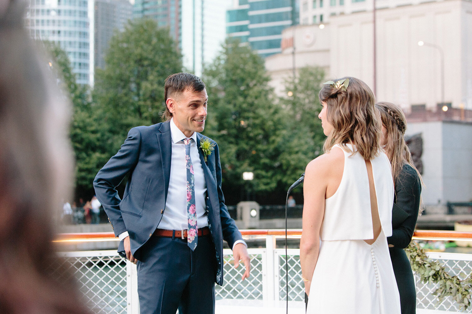 wedding-ceremony-chicago-river-moment.jpg