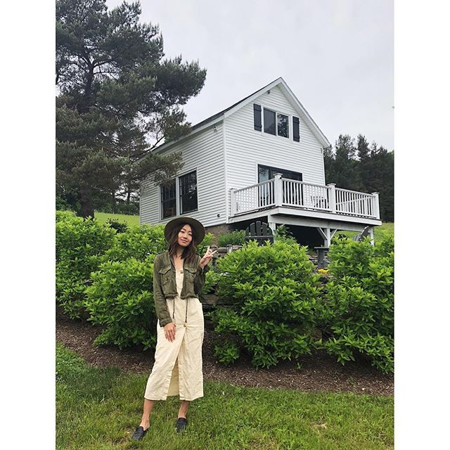 from the alpaca farm to this cozy house in the woods, much love to @msodrew for planning the most idyllic weekend upstate.  #callicoon #upstate #newyork