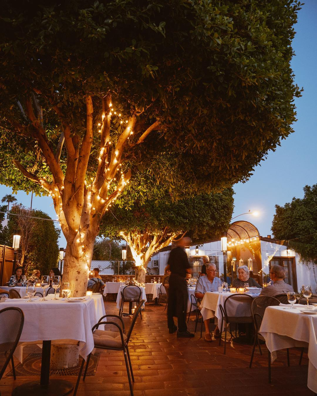 where to eat in palm springs