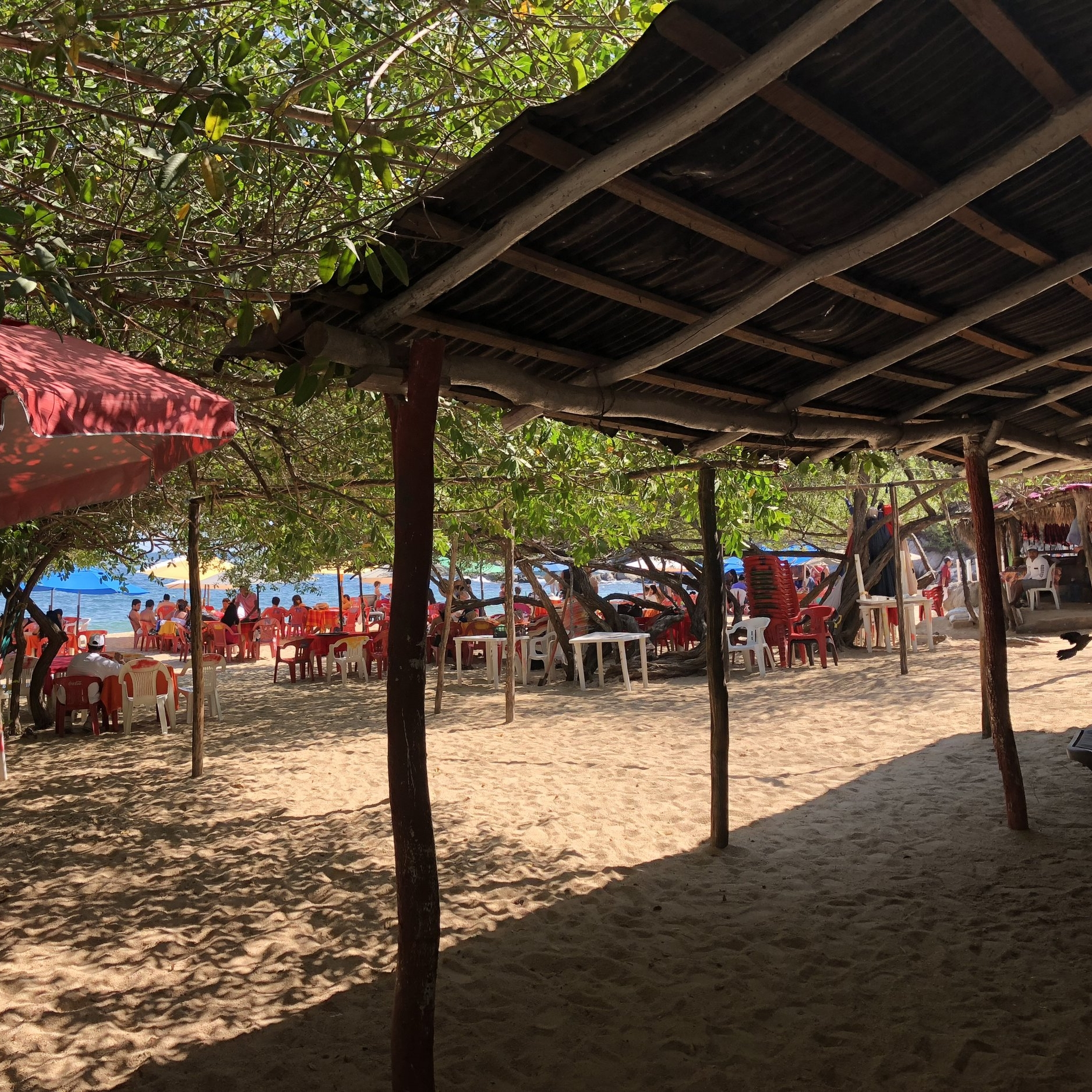 restaurants on the beach huatulco