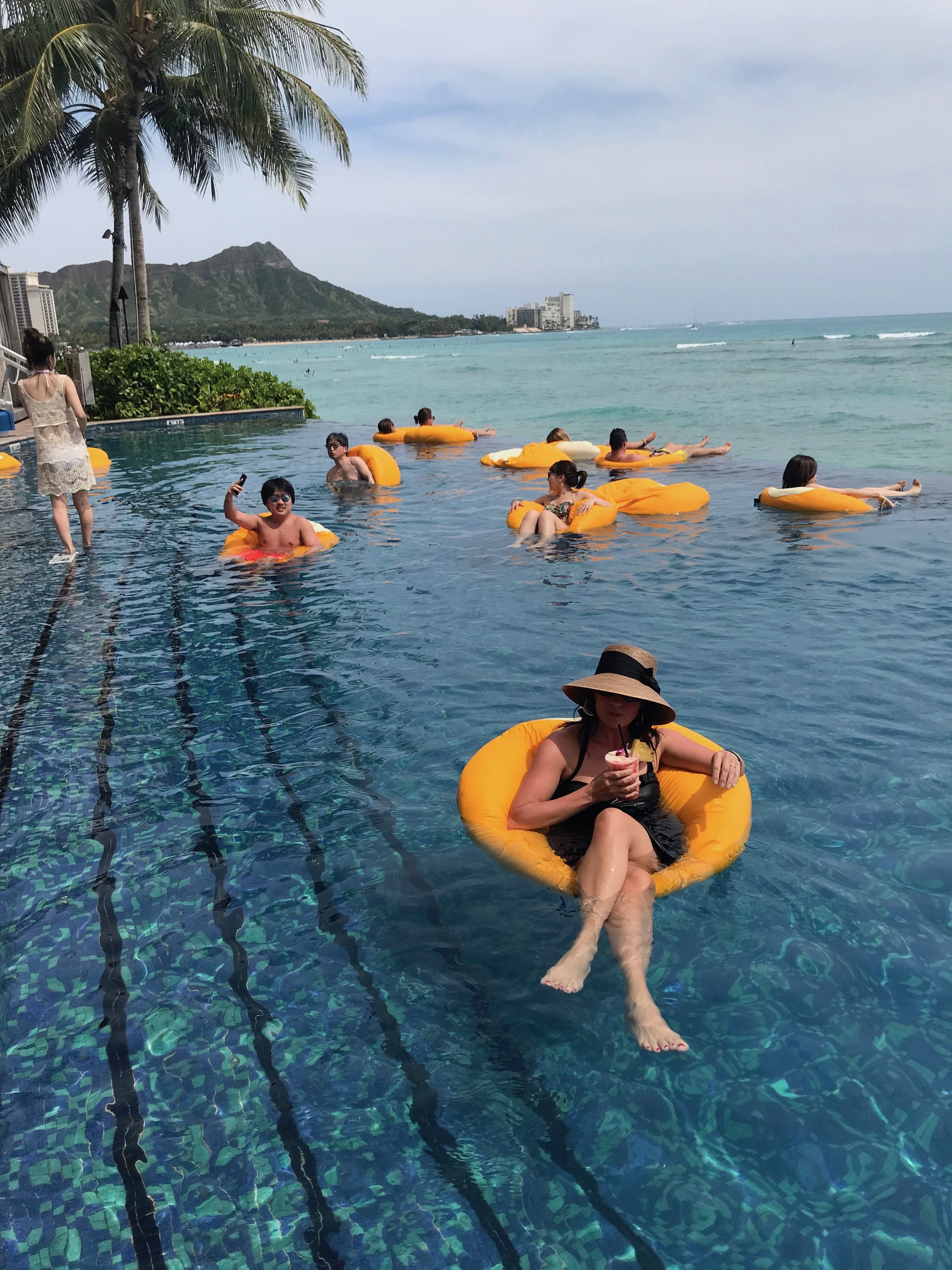 Sheraton Waikiki infinity pool - Jackie Just.jpg