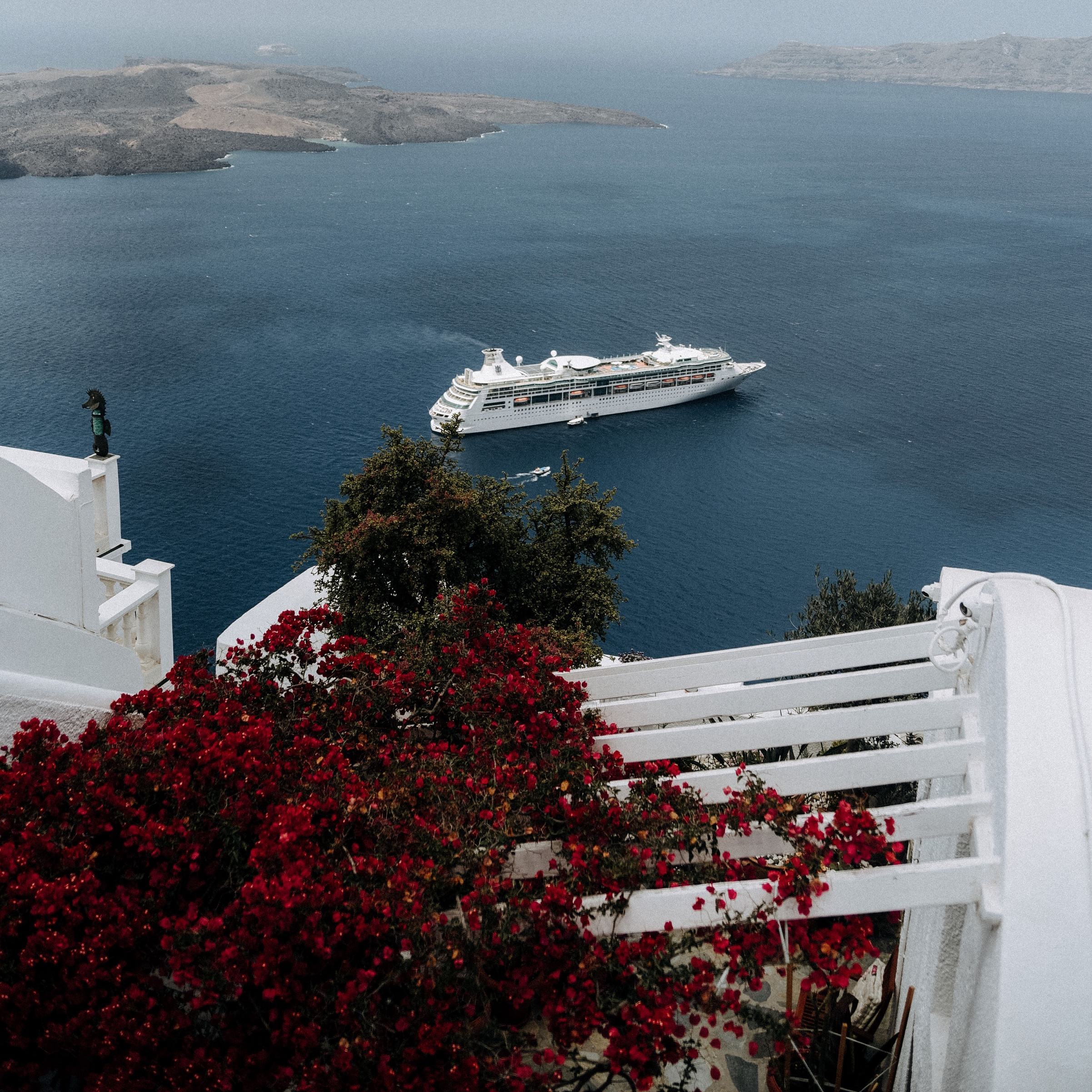 travel-to-santorini-greece.jpg
